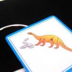 手品 恐竜がコインを食べる